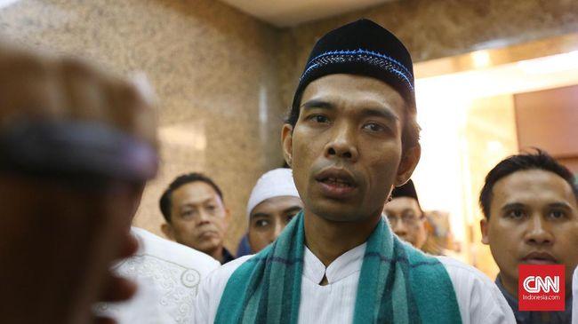 Ustaz Abdul Somad merasa sudah kenal lama dengan Wakil Presiden Jusuf Kalla, kendati baru pertama bertemu saat melaksanakan salat Subuh dan sarapan bersama.