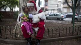 Tenangkan Anak-anak, PM Italia Sebut Sinterklas Tak Lockdown