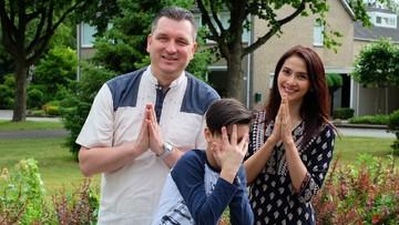 Potret Keseruan Keluarga Maudy Koesnaedi yang Kompak Banget