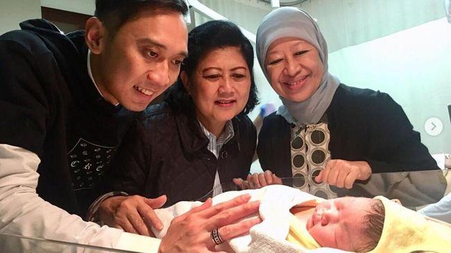 Ibas Akan Terus Gunakan Nama Yudhoyono Untuk Anak Anaknya