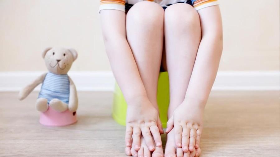 Feses Anak Berwarna Hijau Setelah Disapih, Normal Nggak?