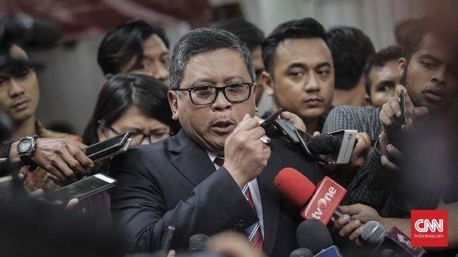 Sekjen PDIP Hasto Kristianto menganggap kritik Prabowo soal 'ekonomi kebodohan' mencerminkan Capres nomor urut 02 tersebut melupakan sejarah Indonesia.