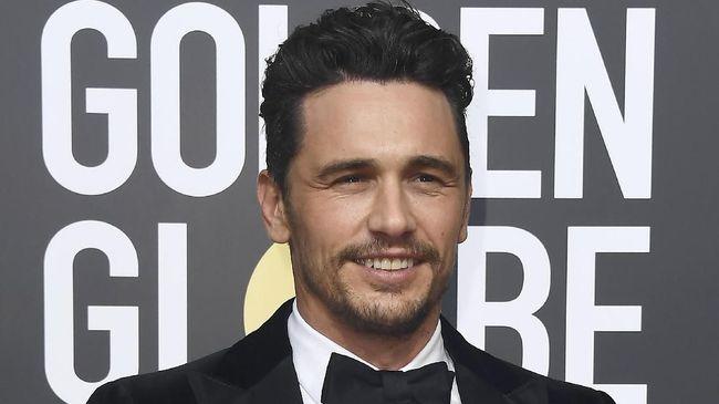 James Franco dituding melakukan pelecehan seksual oleh beberapa perempuan. Padahal di ajang Golden Globes 2018 ia mengenakan pin #TimesUp.