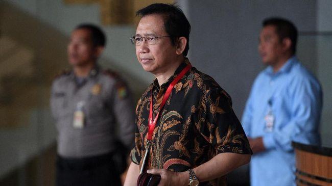 Mantan Ketua DPR Marzuki Alie menyatakan pertanyaan diajukan penyidik selalu berulang dan menganggap KPK kurang kerjaan.