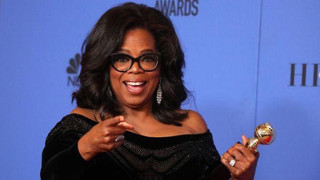 Selebriti filantropis Oprah Winfrey disebut tengah mempertimbangkan untuk mencalonkan diri sebagai Presiden Amerika Serikat.