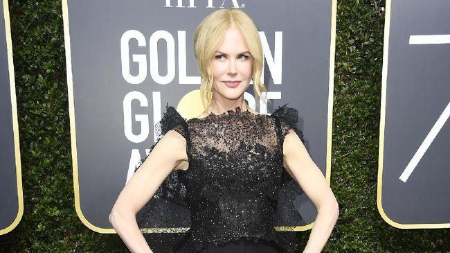 Aktris Nicole Kidman langsung memeluk ibunya setelah bertemu untuk pertama kalinya setelah delapan bulan terpisah karena pandemi Covid-19.