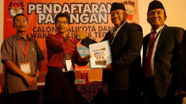 Wal Kota Tegal Dedy Yon melaporkan wakilnya ke Polda Jawa Tengah lantaran difitnah memakai narkoba saat ke Jakarta beberapa waktu lalu.