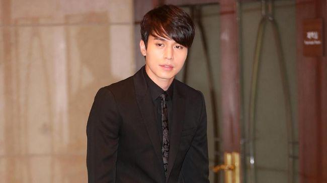 Aktor tenar Korea, Lee Dong-wook, mulai bersiap membintangi film terbaru berjudul Single in Seoul.