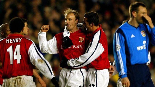 Dennis Bergkamp adalah seorang maestro pesepak bola saat masih aktif sebagai pemain dan namanya abadi bagi para penggemar tim London Utara, Arsenal.