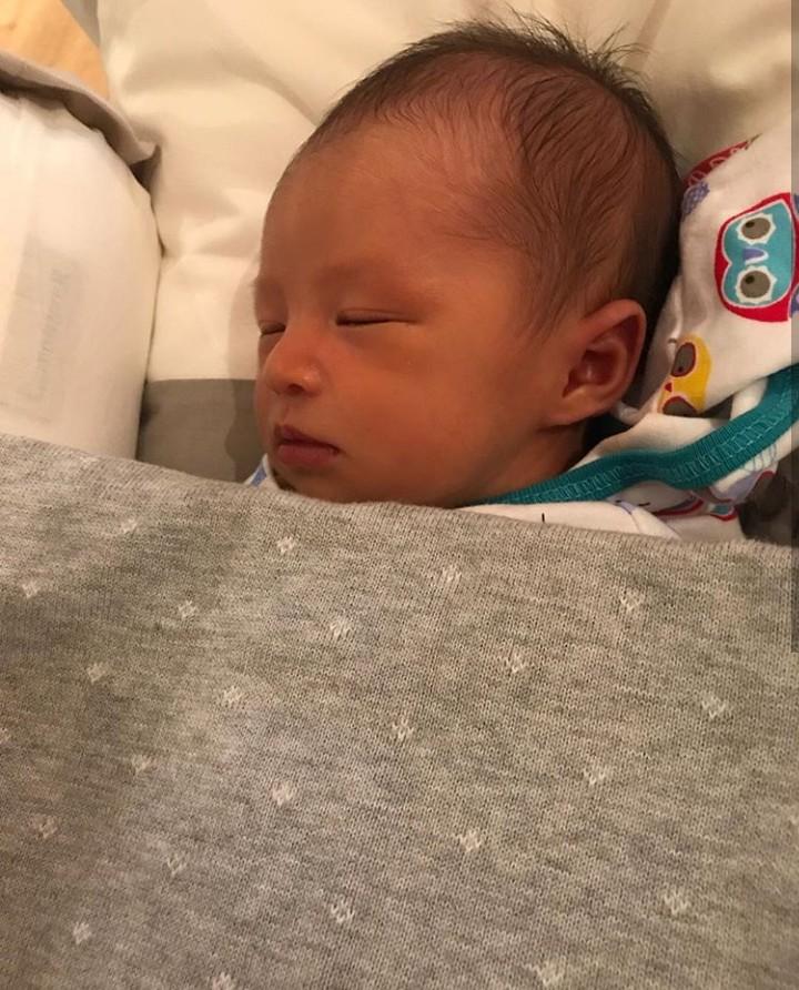 Sejak di kandunganibunya, Sandra Dewi, bayi ini dipanggil baby RM. Saat lahir terungkap RM merupakan inisial dari Raphael Moeis.
