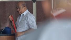 Politikus Golkar Melchias Mekeng Bantah Terima Komisi e-KTP