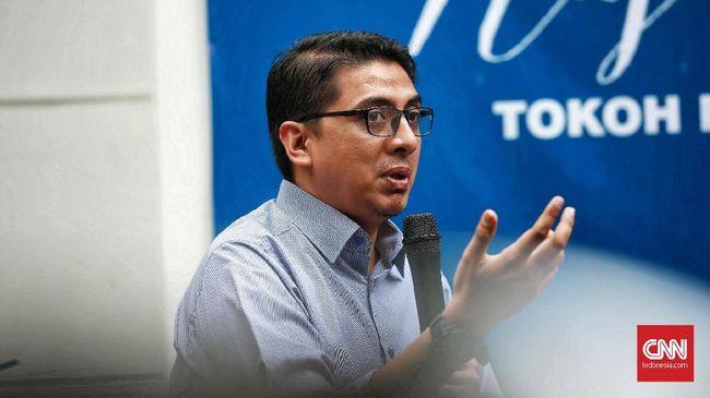 Pengajar Ilmu Hukum dari UGM Zainal Arifin Mochtar menyebut aturan turunan dari UU Ciptaker membuat produk hukum semakin gemuk.