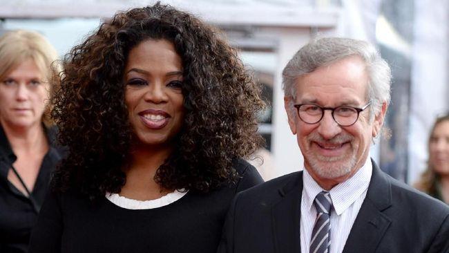 Sutradara Steven Spielberg menggandeng Oprah Winfrey kembali dalam penggarapan ulang proyek tahun 1985, 'The Color Purple'.