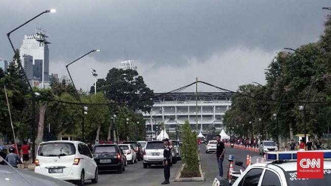 Kemenpora memperingatkan Pusat Pengelolaan Komplek Gelora Bung Karno (PPK GBK) terkait ajang balap mobil di area Stadion GBK.