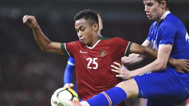 Luis Milla menampilkan formasi 4-2-3-1 dalam laga persahabatan antara Timnas Indonesia U-23 melawan timnas Singapura U-23.