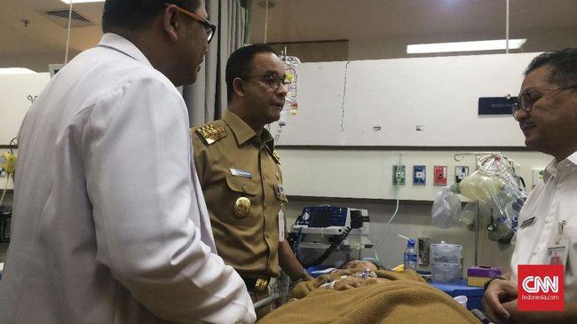 Gubernur DKI Jakarta Anies Baswedan mengatakan, pelayanan konseling sangat diperlukan untuk menyeimbangkan kembali kondisi psikologi korban selasar BEI roboh.