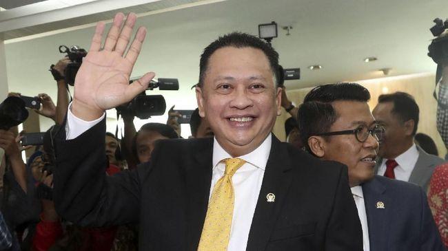 Ketua DPR Bambang Soesatyo menjadi sorotan karena memiliki koleksi mobil mewah dan jet pribadi. Fahri Hamzah meminta publik tak perlu berpikir negatif.