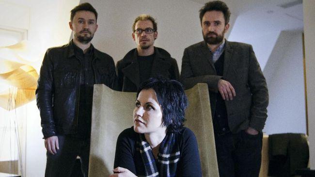 The Cranberries akan mengeluarkan album final dengan Dolores O'Riordan sebagai vokalisnya, bertajuk 'In The End'.