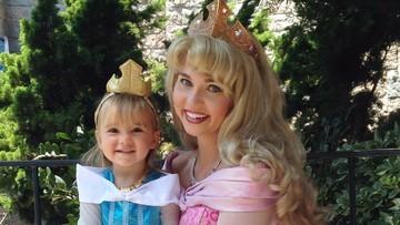Bunda Ini Jago Banget Bikin Kostum Tokoh Disney, Kenalan Yuk