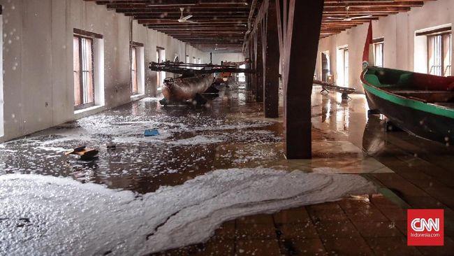 Museum Bahari yang terbakar, pernah direnovasi pada November 2017. Namun, Pemprov mengakui bila listrik di museum kerap mengalami korsleting.
