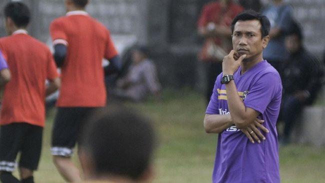 Mantan pelatih Bali United, Widodo Cahyono Putro, resmi melatih Persita Tangerang di Liga 2 2019. Ia ditarget untuk bisa membawa Persita promosi ke Liga 1.