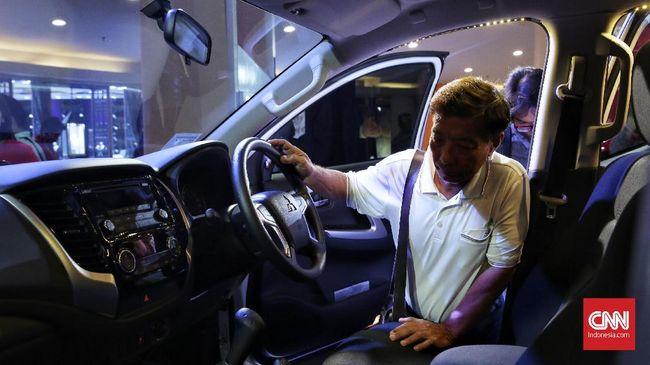 Sebanyak 17 unit mobil digendong truk yang viral cuma sebagian, sebab Kepala Desa Sumurgeneng mengatakan total ada 176 mobil baru yang dibeli warga.