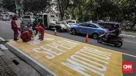 'Pembatasan Sepeda Motor di Jalan Melanggar HAM'