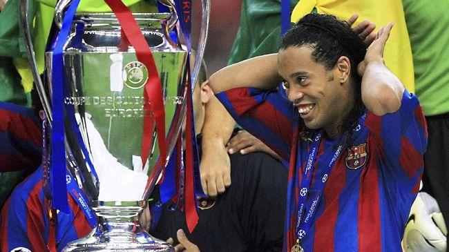 Berikut empat bintang yang pernah mendapatkan pujian dari para pendukung lawan pada laga El Clasico antara Barcelona vs Real Madrid.