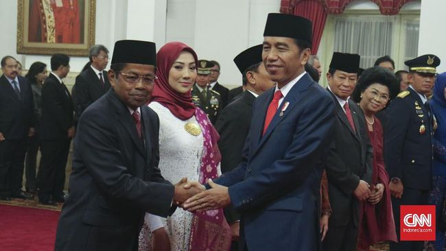 Presiden menyebut, Idrus Marham layak ditempatkan di posisi Menteri Sosial yang butuh sentuhan dari orang yang paham program-programnya.