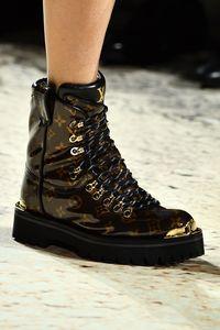 Suka Pamer Sepatu LV dan Gucci, Pendeta Ortodoks Jadi Kontroversi