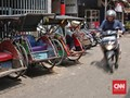 Perda Belum Direvisi, Satpol PP Tetap Tindak Becak Jakarta
