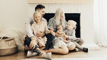 Konsep Nggak Biasa yang Bisa Bikin Foto Keluarga Makin Keren