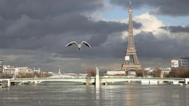 FOTO: Ketika 'Kota Romantis' Tergenang Banjir