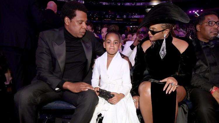 Ada bahasa tubuh yang ditunjukkan putri Beyonce dan Jay Z, Blue Ivy, saat gelaran Grammy Awards. Hmm, apa ya artinya?