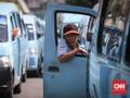 PSBB Transisi, Angkutan Umum di DKI Cuma Diisi 50 Persen