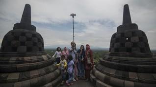 Pengunjung Candi Borobudur Akan Diberi Stiker Suhu Tubuh