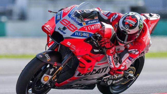 Jorge Lorenzo belum mau menyebut dirinya sebagai calon juara dunia MotoGP musim ini meski ia tampil bagus di tes resmi.