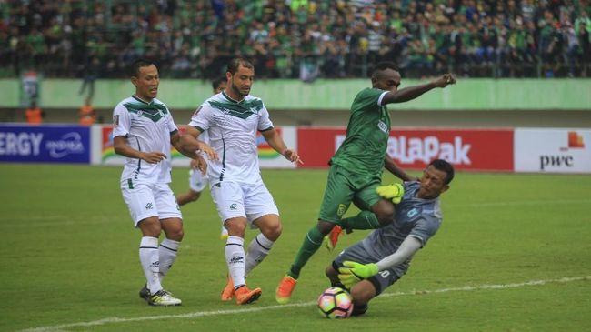 PSMS Medan sukses lolos ke semifinal Piala Presiden 2018 setelah mengalahkan Persebaya Surabaya melalui adu penalti di Stadion Manahan, Sabtu (3/2).