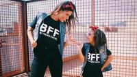 <div>Seperti kakak adik ya, Bun? (Foto: Instagram @mamaalexia_pg_official)</div>