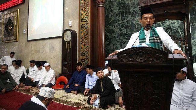 Gerakan Mahasiswa Kristen Indonesia (GMKI) melaporkan Ustaz Abdul Somad ke Bareskrim Polri terkait video dakwahnya tentang salib yang viral di media sosial