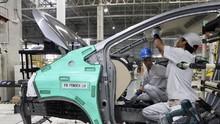 Satu Tahun Corona Bikin Gembos Roda Otomotif Indonesia