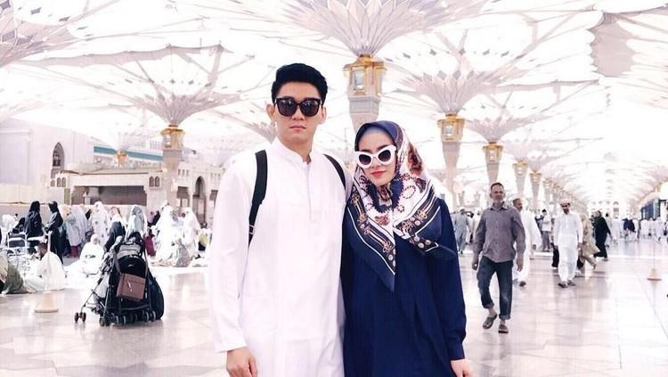 Liburan Dylan Sahara, istri Ifan Seventeen