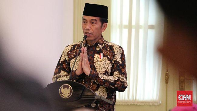 Presiden Jokowi mengaku mulai membahas Pilpres 2019 dengan para ketua umum parpol. Jokowi masih enggan bicara soal kepastian pencalonannya.