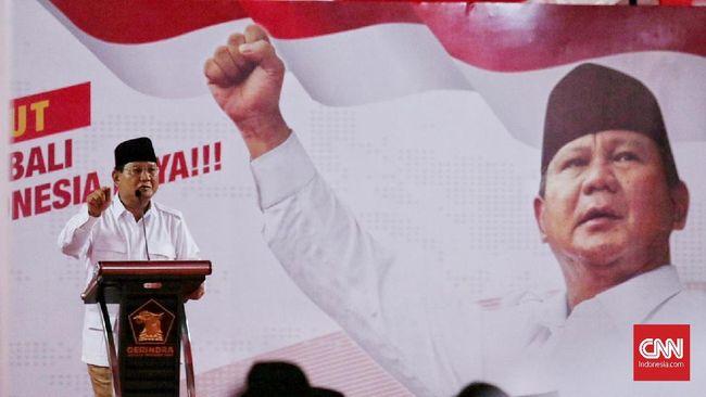 Prabowo Subianto mengatakan pendaftaran pencalonan presiden masih enam bulan lagi dan tak perlu diributkan saat ini.