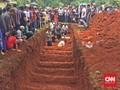 Sebanyak 26 Korban Tewas Kecelakaan Subang Dimakamkan Massal
