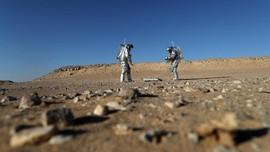 FOTO: Gurun Pasir Oman Jadi Lokasi Simulasi Hidup di Mars