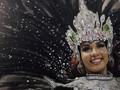 FOTO: Pesta di Tengah Rio de Janiero yang Mencekam