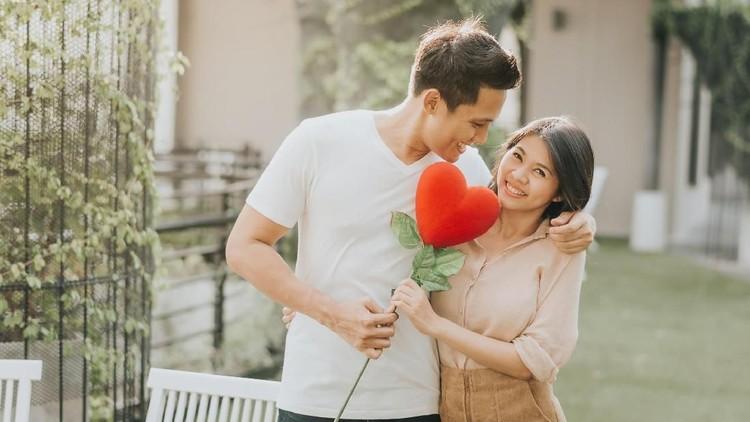 Pasangan suami istri pasti punya momen romantis. Kalau momen romantis Bunda dan Ayah apa?