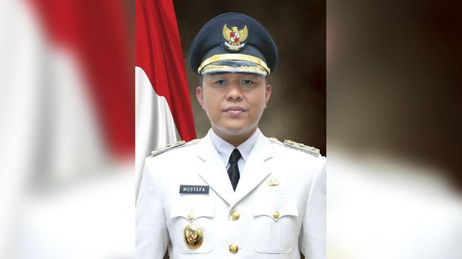 Penangkapan terhadap Bupati Lampung Tengah dilakukan hari ini, Kamis (15/2) atau sehari setelah KPK menjaring 14 orang dalam OTT di Lampung dan Jakarta.