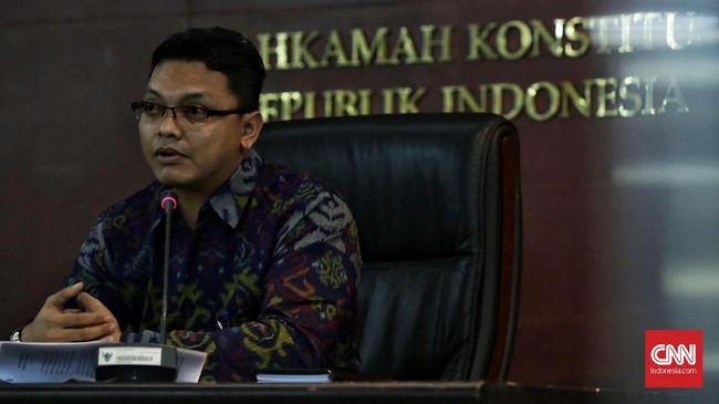 Per Sabtu (25/5) pagi, Jubir MK menyatakan sudah diterima 333 permohonan perkara perselisihan hasil Pemilu 2019 untuk DPR, DPRD, dan DPD RI.